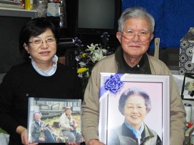 グローバルケアの葬儀をご利用いただいたお客様からの声:佐藤今朝男様(右)